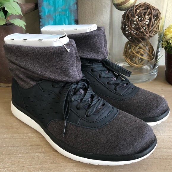 45b9b8719ad UGG Shoes | Womens Islay Leather Sneaker Brand New | Poshmark